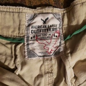 American Eagle Outfitters Shorts - Men's American Eagle cargo shorts
